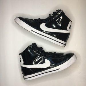 Nike Sweet Classic High Black/White Size 6.5